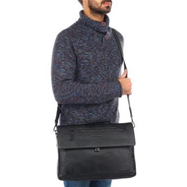 Вместительный кожаный портфель с откидным клапаном Piquadro