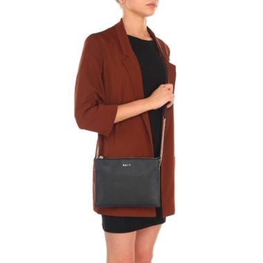Женская сумочка из сафьяновой черной кожи через плечо DKNY