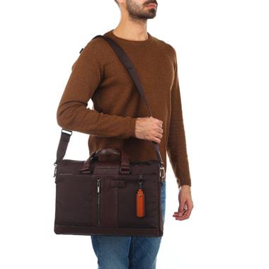 Эргономичная мужская деловая сумка Piquadro