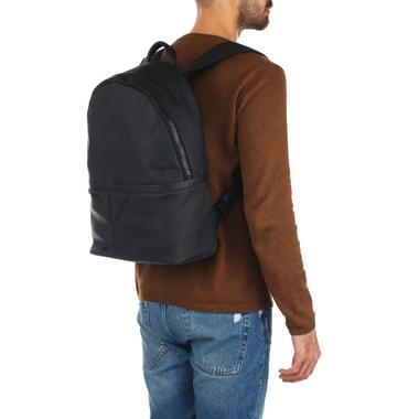 Вместительный мужской рюкзак Calvin Klein Jeans