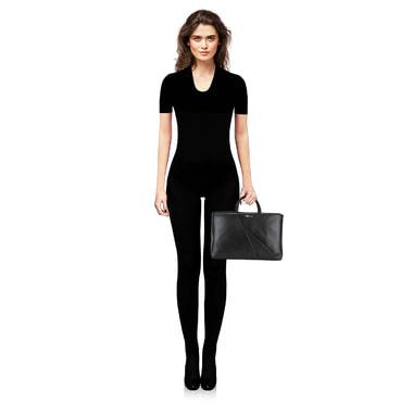 Вместительная черная сумка из натуральной кожи Blumarine