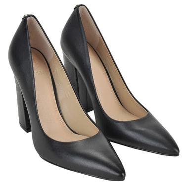 Женские кожаные туфли на устойчивом каблуке Guess