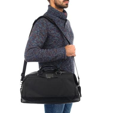 Мужская дорожная сумка с плечевым ремешком Guess