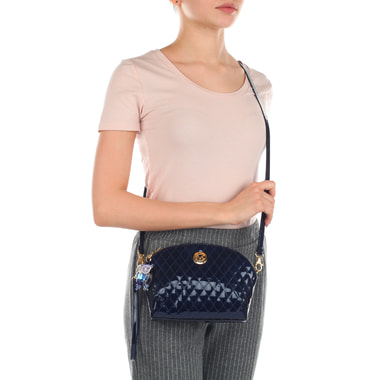 Кожаная лаковая сумочка с плечевым ремешком Valentino Orlandi