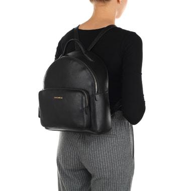 Вместительный женский рюкзак из натуральной кожи Coccinelle