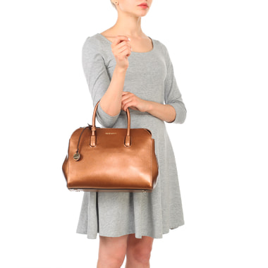 Вместительная сумка из сафьяновой кожи Coccinelle