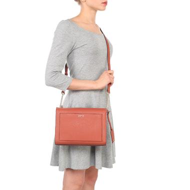 Женская сумка кросс-боди из сафьяновой кожи терракотового цвета DKNY