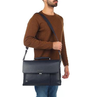 Мужской портфель с откидным клапаном Piquadro