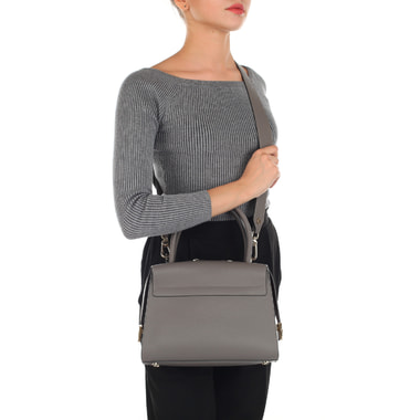 Женская серая сумка из натуральной кожи Gironacci