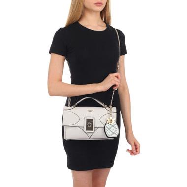 Женская сумочка с плечевой цепочкой Guess