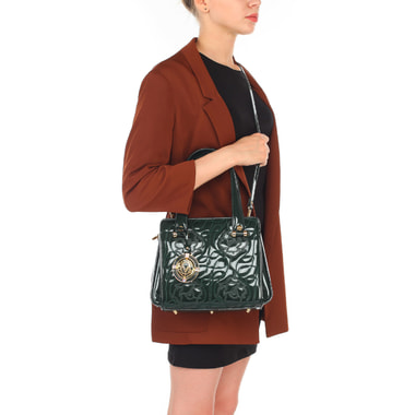 Маленькая лаковая сумочка с вышивкой через плечо Valentino Orlandi