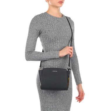 Женская сумочка из сафьяна через плечо Cromia